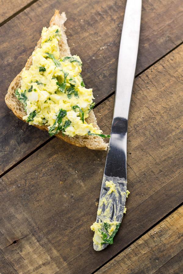 medvehagymás tojáskrém 3